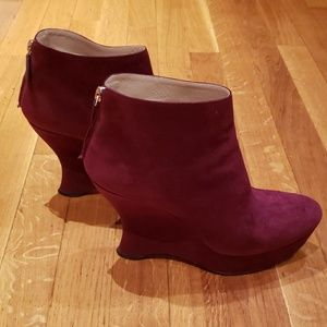 Prada red suede wedge ankle boots size 39 (EU) 8.5